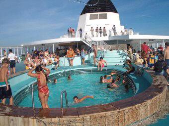 Zwemmen op de boot naar Griekenland