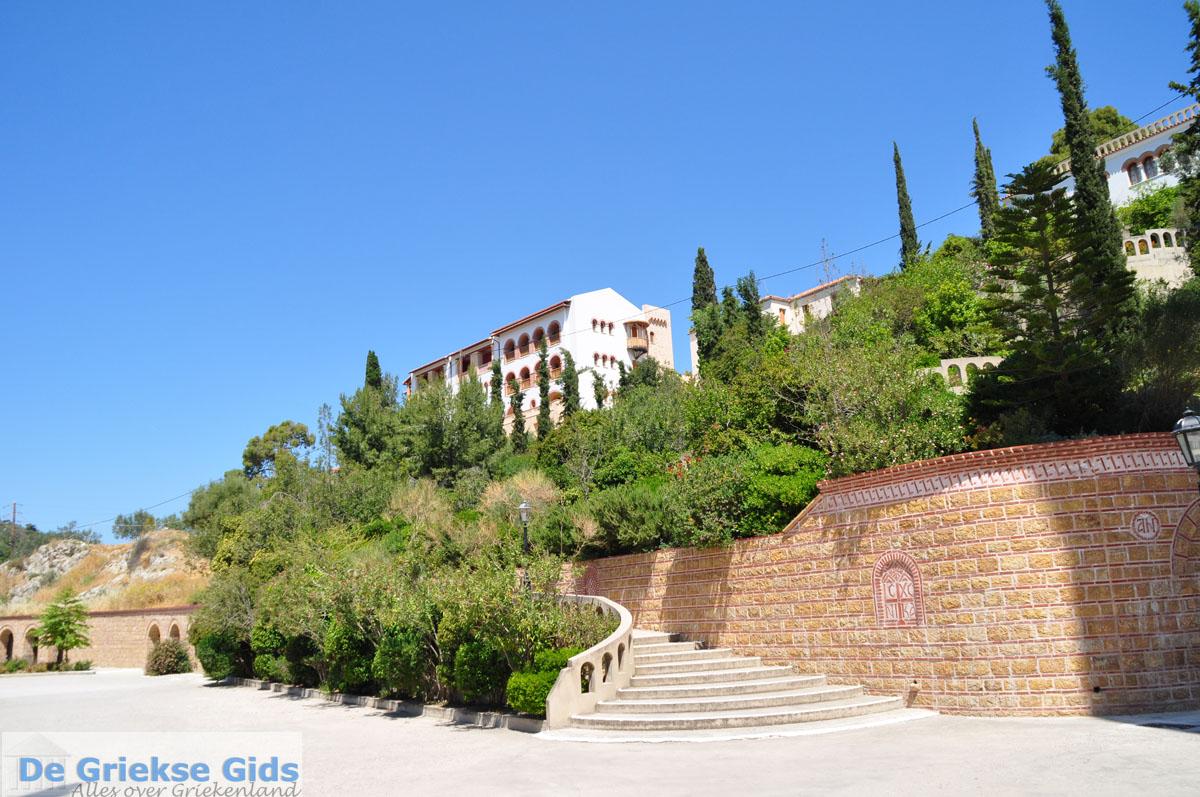 foto Agios Nektarios | Aegina | De Griekse Gids foto 12