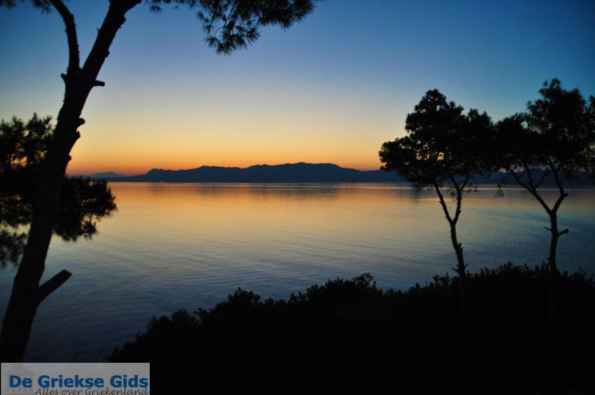 foto Zonsopgang gezien vanop Agkistri | Aan de overkant Aegina | Foto 1