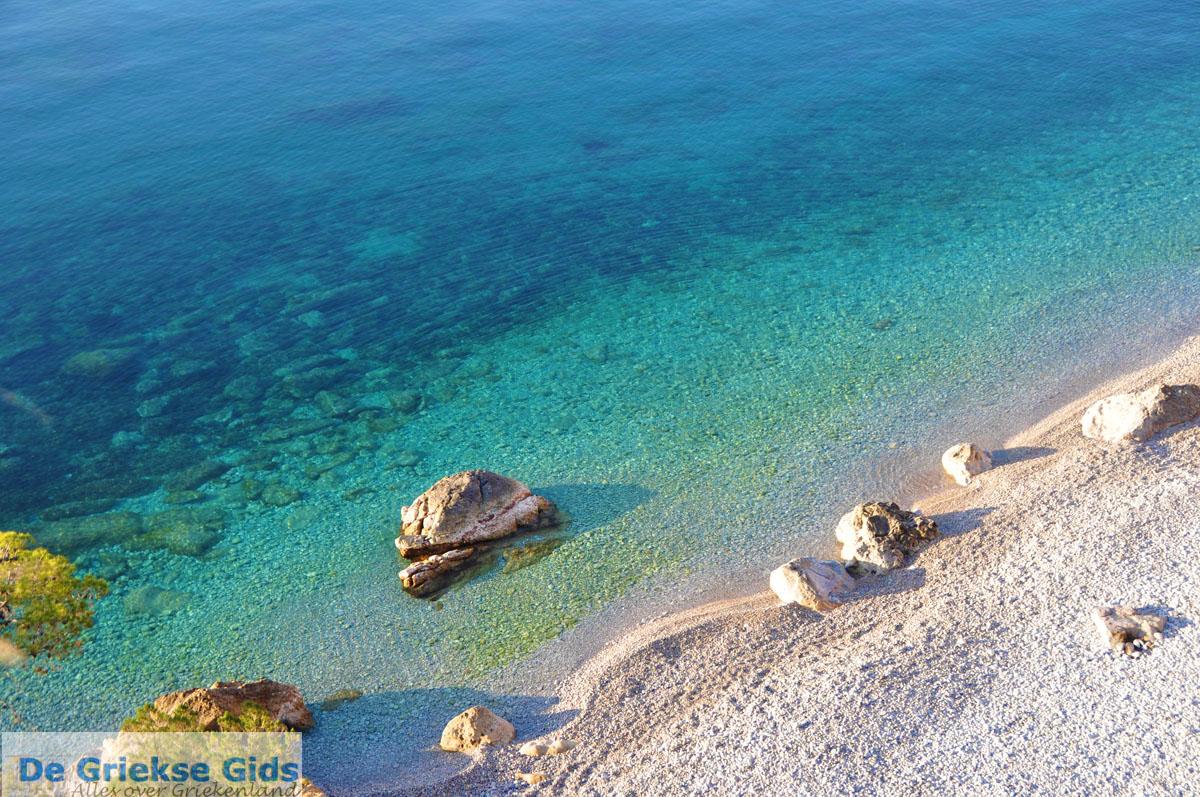 foto De grillige kust van Agkistri   Griekenland 10