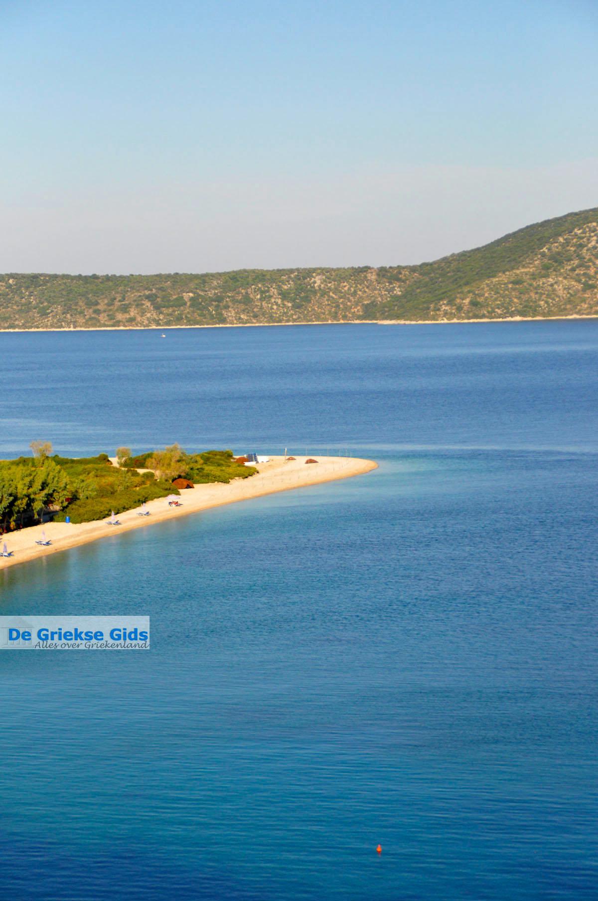 foto Agios Dimitrios, aan de overkant Peristera | Alonissos Sporaden | De Griekse Gids foto 3