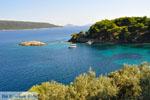 Agios Petros bij Steni Vala | Alonissos Sporaden | De Griekse Gids foto 1 - Foto van De Griekse Gids