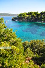 Agios Petros bij Steni Vala | Alonissos Sporaden | De Griekse Gids foto 9 - Foto van De Griekse Gids