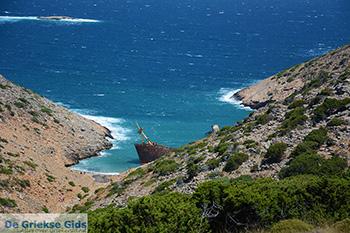 Kalotaritissa Amorgos - Eiland Amorgos - Cycladen foto 167 - Foto van https://www.grieksegids.nl/fotos/amorgos/350/eiland-amorgos-167.jpg