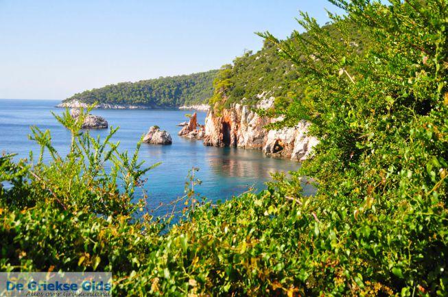 De kust bij Stafylos