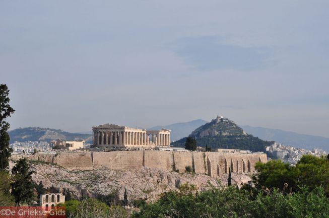 De Akropolis met er achter Likavitos