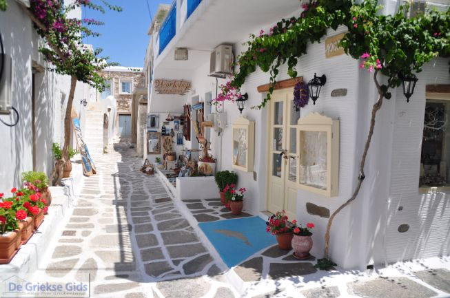 Straatje in Naoussa Paros