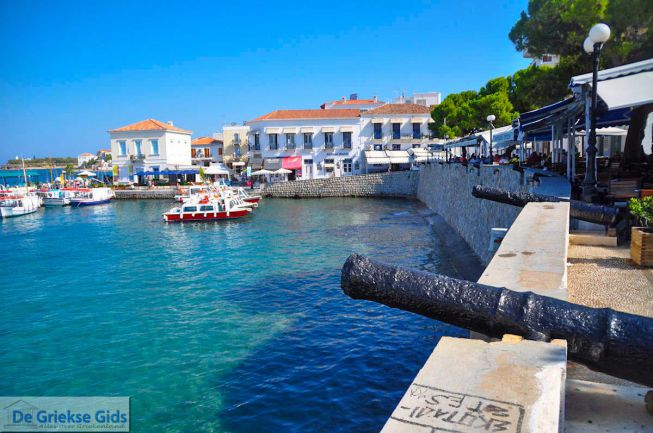 Dapia, aan de haven van Spetses