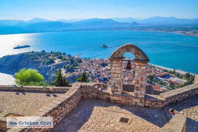 Uitzicht vanaf Palamidi op Akronafplia en Bourtzi