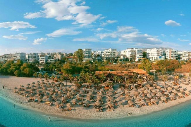 Het strand Glyfada bij Athene