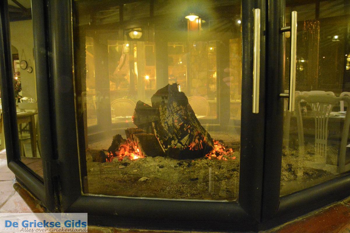 foto Open haard bij Restaurant Erato in Litochoro | Pieria Macedonie foto 2