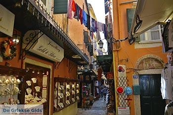 Corfu stad Corfu 0048 - Foto van https://www.grieksegids.nl/fotos/corfu/2019/normaal/corfu-stad-corfu-2019-011.jpg