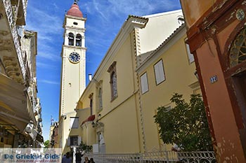 Corfu stad Corfu 0063 - Foto van https://www.grieksegids.nl/fotos/corfu/2019/normaal/corfu-stad-corfu-2019-026.jpg