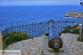 Paleokastritsa Corfu 0113 - Foto van https://www.grieksegids.nl/fotos/corfu/2019/normaal/paleokastritsa-corfu-2019-008.jpg