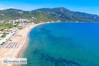 Luchtfoto Agios Georgios Corfu - Foto van De Griekse Gids