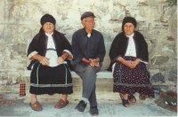 Senioren Diafani Karpathos - Foto van Riet de la Mar