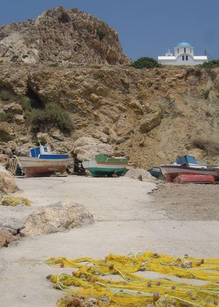Haventje van Finiki, Karpathos. Foto van Bert van der Velde.