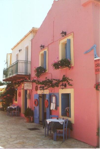 Een restaurantje in het plaatsje Fiskardo Kefalonia - Foto: W .van Zadelhoff