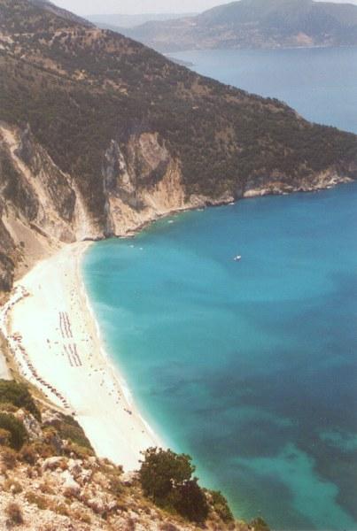 De prachtige baai van Myrtos Kefalonia. Foto: W .van Zadelhoff
