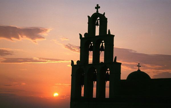 De foto werd in 2001 op Santorini genomen door Danny Verhasselt  - Winnaar juli 2002