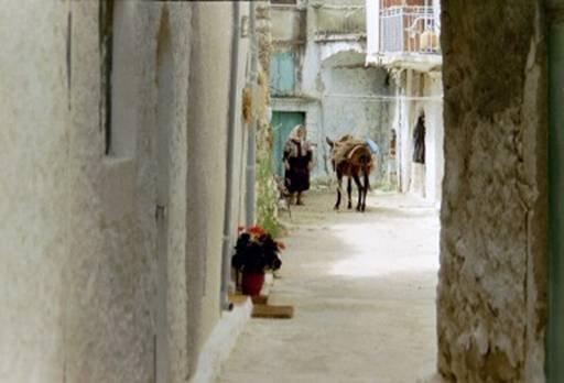 Foto Pyrgi Chios. (juni 2002) Emke van Biemen