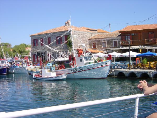 Zomaar een plaatje van de haven van Molyvos op Lesvos.  foto gemaakt door Nico Morijn.