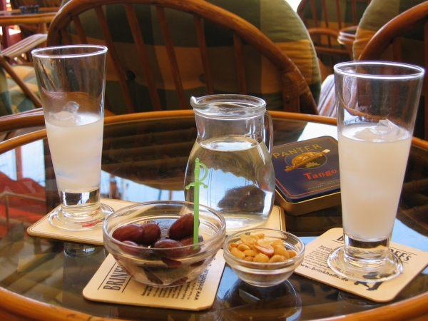 Ouzo met water op Samos