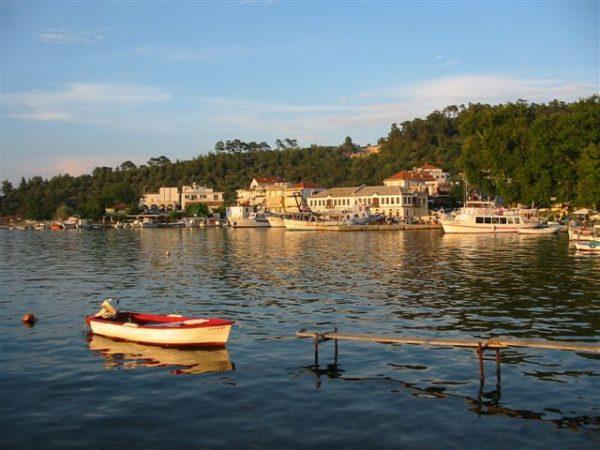 De haven van Thassos