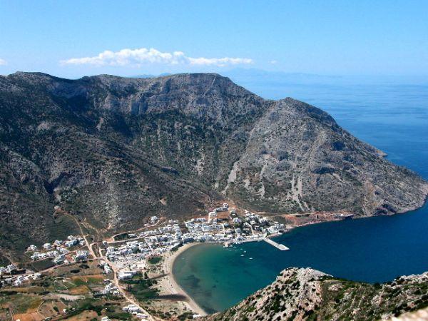 Mooie baai Sifnos
