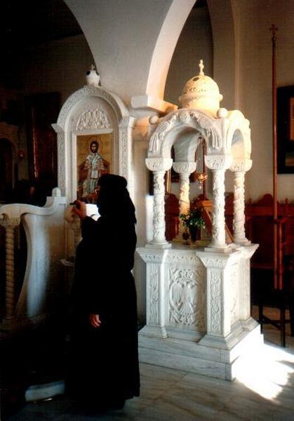 Tinos. Klooster van Kechrovouniou binnen.