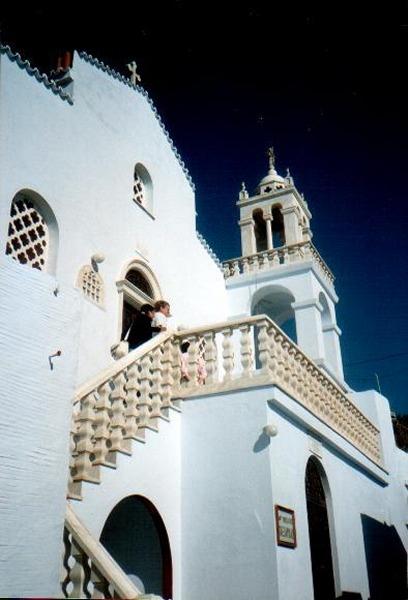 Tinos. Klooster van Kechrovouniou