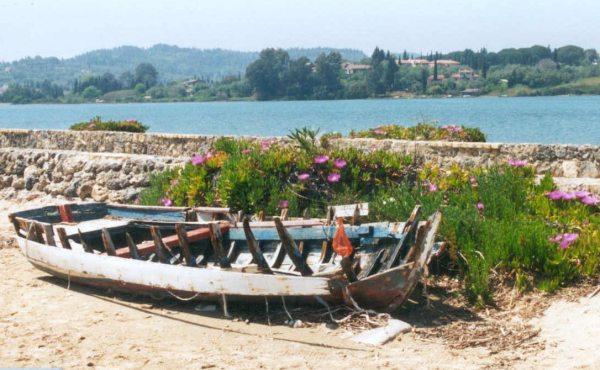 Er was eens een bootje op Corfu