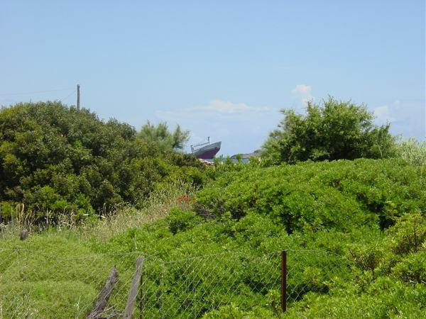 Een gezonken schip bij Diakofti, Kythira