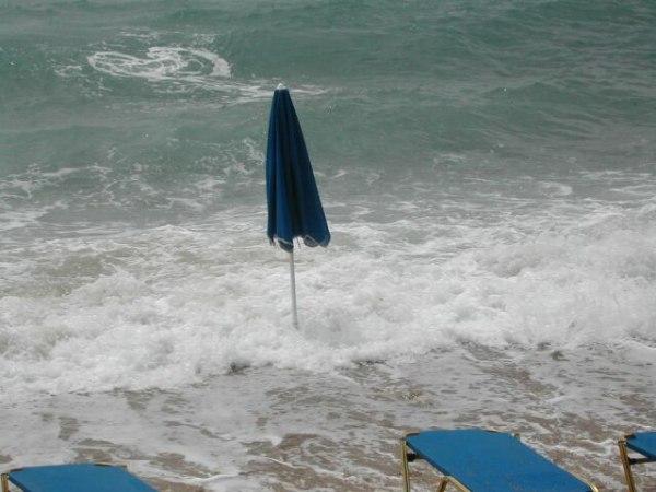 Geen best strandweer op Karpathos
