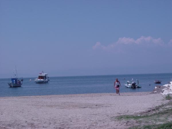 Bootjes aan strand Thassos