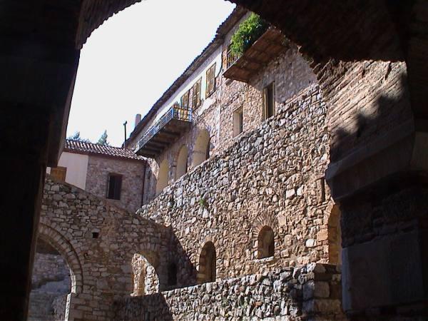 Binnenplaats Osios Loukas Meteora