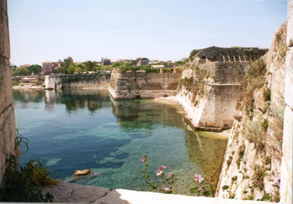 Papanti Kerk aan de zee Corfu