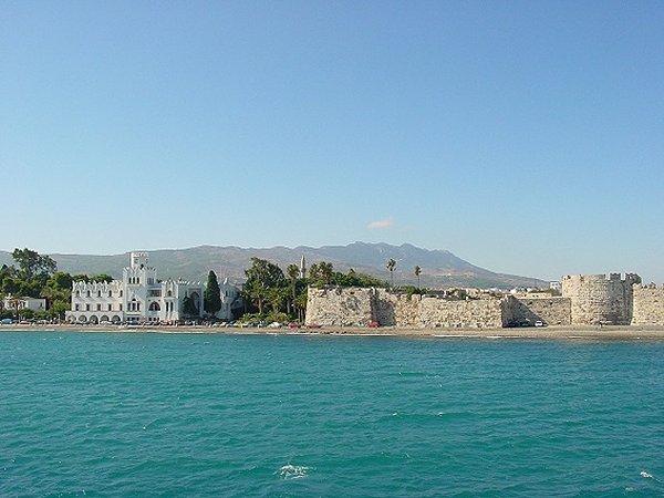 Kos-stad, bij het kasteel