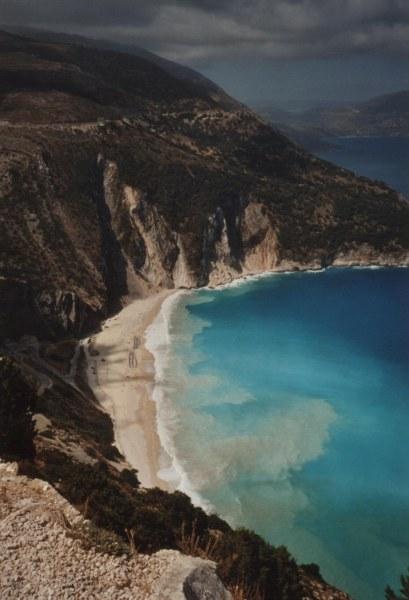Myrtos Kefalonia, woelige zee vlak voor een onweer