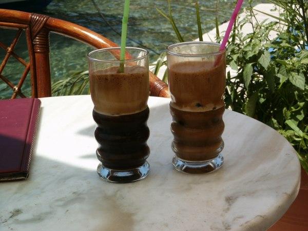 Frappe koffie op Ithaka. Foto van An Veldema