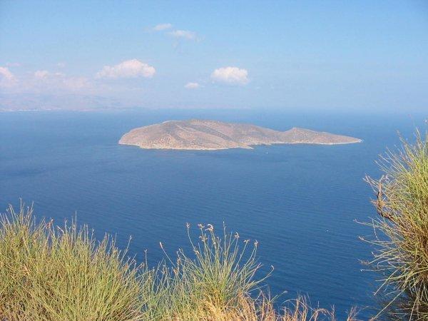 Kreta. Onderweg van Agios Nikolaos naar Vai. Foto van John Hupkens
