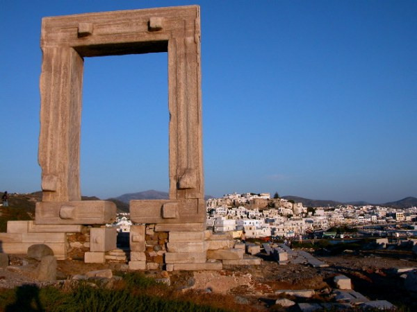 Apollotempel op Naxos (Portara). Foto: Peter Paul de Rijcker.