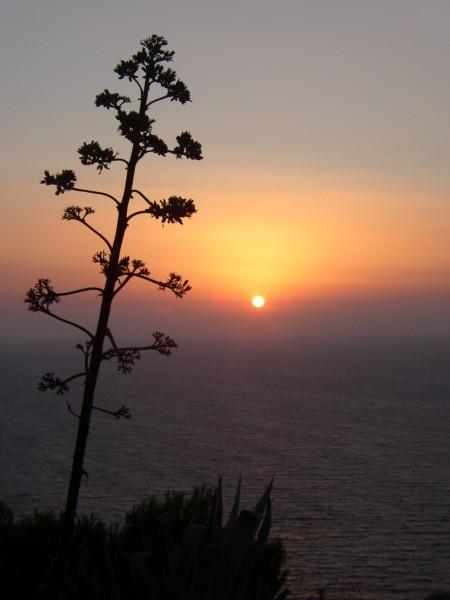 Zonsondergang Rhodos. Foto van Esther de Groen