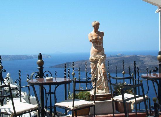 Aphrodite in Santorini