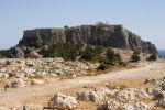 Lindos, de acropolis uit z-w gezien - Foto van John Hofboer