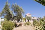 Rhodos, klooster ergens onderweg2 - Foto van John Hofboer