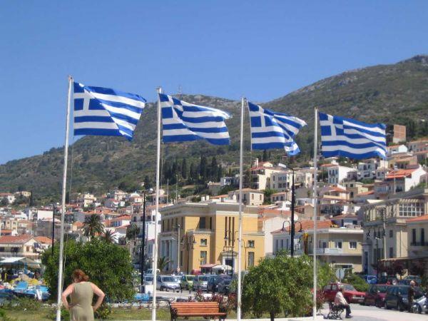 Griekse vlaggen op Samos