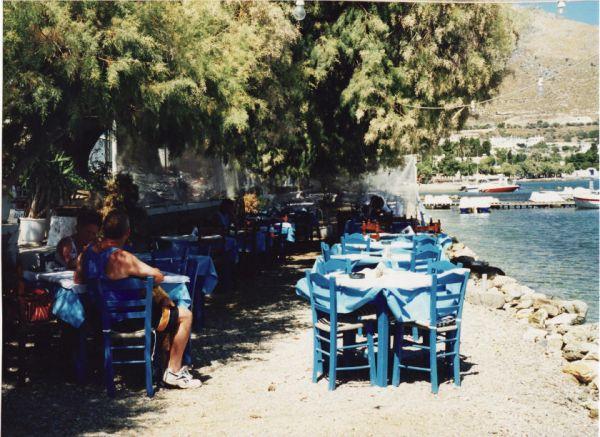 Taverne aan het water in Leros - Foto von hartevrouw