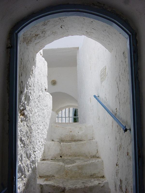 Ingang naar klooster op Kreta