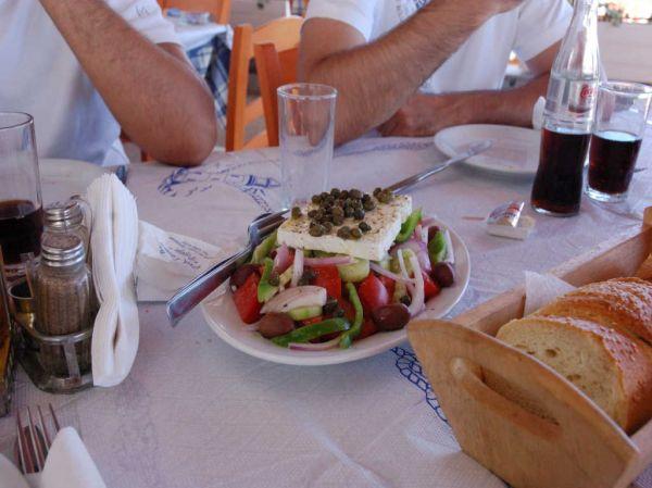 Typisch Grieks bordje met sla en feta mmmm